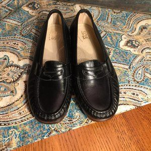 NEW SAS Leather Tripad Comfort Penny Loafer 8 Wide